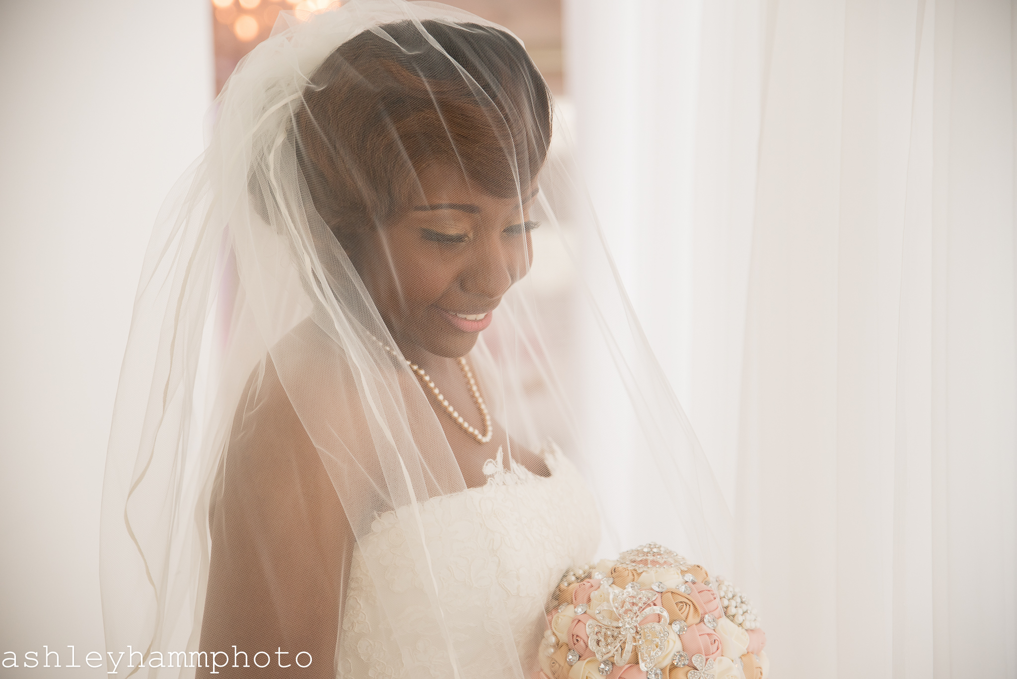 Chicago-Bride-White-Veil